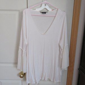 lightweight long sleeve top with bell sleeves